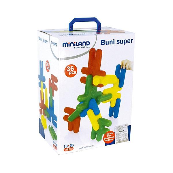 Конструктор Кролики SUPER (36 деталей), MinilandПластмассовые конструкторы<br>Характеристики:<br><br>• конструктор для малышей;<br>• возраст ребенка: от 18 месяцев до 3 лет;<br>• крупные детали в форме кроликов;<br>• 4 цвета;<br>• размер деталей: 16 см;<br>• состав набора: 36 элементов конструктора, шаблоны, дидактические инструкции;<br>• материал: пластик;<br>• размер упаковки: 39х28х20,5 см;<br>• вес: 1,8 кг.<br><br>Конструктор для малышей представлен в необычной форме: все детали выполнены в виде кроликов. Элементы набора окрашены в 4 основные цвета: желтый, синий, красный, зеленый. Крупные детали-кролики соединяются друг с другом, образуется высокая башня или длинный забор. В процессе игры проявляется фантазия малыша, творческие способности и образное мышление. <br><br>Конструктор Кролики Super (36 деталей), Miniland можно купить в нашем интернет-магазине.<br>Ширина мм: 205; Глубина мм: 280; Высота мм: 390; Вес г: 1810; Возраст от месяцев: 24; Возраст до месяцев: 2147483647; Пол: Унисекс; Возраст: Детский; SKU: 7311171;