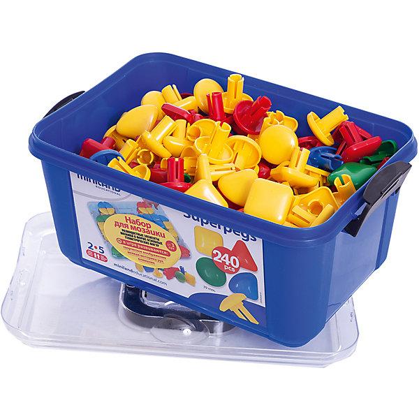 Мозаика Гигант, 39 мм (240 элементов) в контейнере, MinilandМозаика<br>Характеристики:<br><br>• мозаика с крупными деталями;<br>• специальная основа для строительства;<br>• состав набора: 240 элементов 4 различных цветов и форм;<br>• размер элемента: 39х36 мм;<br>• материал: пластик;<br>• набор упакован в пластиковый контейнер с ручкой, закрывается крышкой;<br>• размер упаковки: 34,5х19х23,5 см;<br>• вес: 3,8 кг.<br><br>Мозаика «Гигант» предназначена для детей в возрасте от 2 до 5 лет. Специальное основание для сборки мозаики позволяет конструировать различные модели и чертежи мозаики. В процессе игры развивается зрительно-моторная координация, пространственное мышление и воображение. <br><br>Мозаику Гигант, 39 мм (240 элементов) в контейнере, Miniland можно купить в нашем интернет-магазине.<br><br>Ширина мм: 345<br>Глубина мм: 190<br>Высота мм: 235<br>Вес г: 3800<br>Возраст от месяцев: 24<br>Возраст до месяцев: 2147483647<br>Пол: Унисекс<br>Возраст: Детский<br>SKU: 7311172
