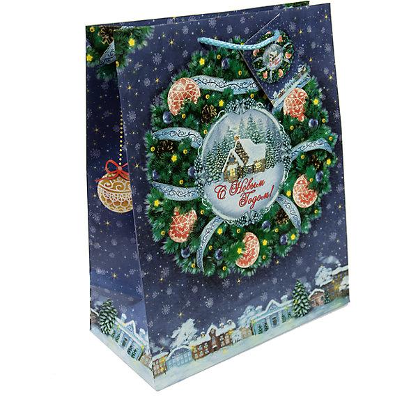 Бумажный пакет Новогодний венок для сувенирной продукции , с ламинациейУпаковка новогоднего подарка<br>Характеристики:<br><br>• размер пакета: 45,7х33х10,2 см;<br>• ширина основания: 33 см;<br>• плотность бумаги 140 г/м2;<br>• масса: 79 г.<br><br>Красивый ламинированный пакет понадобится для упаковки подарков и сувениров. Пакет удобного размера, поэтому может вместить достаточно большой презент.<br><br>Тематическая новогодняя иллюстрация на пакете подойдет и для взрослых, и для детей. Две прочные ручки надежно закреплены. Плотная бумага хорошо держит форму.<br><br>Подарочный пакет необходим для хорошего оформления подарков друзьям и родным.<br><br>Бумажный пакет «Новогодний венок» для сувенирной продукции, с ламинацией, Magic Time можно купить в нашем интернет-магазине.<br><br>Ширина мм: 457<br>Глубина мм: 330<br>Высота мм: 1<br>Вес г: 79<br>Возраст от месяцев: 36<br>Возраст до месяцев: 2147483647<br>Пол: Унисекс<br>Возраст: Детский<br>SKU: 7317189