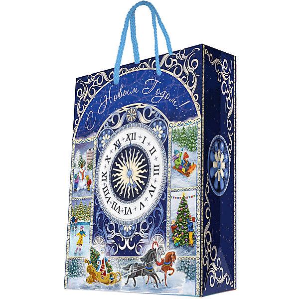 Бумажный пакет Новогодние часы для сувенирной продукции , с ламинациейНовогодние пакеты<br>Характеристики:<br><br>• размер пакета: 48,9х40,6х19 см;<br>• ширина основания: 40,6 см;<br>• плотность бумаги: 157 г/м2;<br>• масса: 186 г.<br><br>Красивый ламинированный пакет понадобится для упаковки подарков и сувениров. Пакет удобного размера, поэтому может вместить достаточно большой презент.<br><br>Тематическая новогодняя иллюстрация на пакете подойдет и для взрослых, и для детей. Две прочные ручки надежно закреплены. Плотная бумага хорошо держит форму.<br><br>Подарочный пакет необходим для хорошего оформления подарков друзьям и родным.<br><br>Бумажный пакет «Новогодние часы» для сувенирной продукции, с ламинацией, Magic Time можно купить в нашем интернет-магазине.<br>Ширина мм: 490; Глубина мм: 406; Высота мм: 1; Вес г: 186; Возраст от месяцев: 36; Возраст до месяцев: 2147483647; Пол: Унисекс; Возраст: Детский; SKU: 7317191;