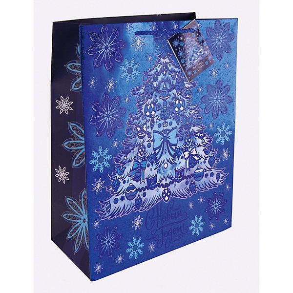 Бумажный пакет Елочка в голубом для сувенирной продукции, с ламинациейУпаковка новогоднего подарка<br>Характеристики:<br><br>• размер пакета: 32,4х26х12,7 см;<br>• ширина основания: 26 см;<br>• плотность бумаги: 250 г/м2;<br>• масса: 107 г.<br><br>Красивый ламинированный пакет понадобится для упаковки подарков и сувениров. Пакет удобного размера, он может вместить презент среднего размера.<br><br>Тематическая новогодняя иллюстрация на пакете подойдет и для взрослых, и для детей. Две прочные ручки надежно закреплены. Очень плотная бумага хорошо держит форму.<br><br>Подарочный пакет необходим для хорошего оформления подарков друзьям и родным.<br><br>Бумажный пакет «Елочка в голубом» для сувенирной продукции, с ламинацией, Magic Time можно купить в нашем интернет-магазине.<br><br>Ширина мм: 325<br>Глубина мм: 260<br>Высота мм: 1<br>Вес г: 107<br>Возраст от месяцев: 36<br>Возраст до месяцев: 2147483647<br>Пол: Унисекс<br>Возраст: Детский<br>SKU: 7317209