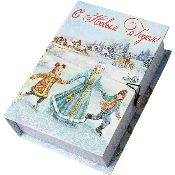 Подарочная коробка Зимние забавы-MУпаковка новогоднего подарка<br>Характеристики:<br><br>• размер коробки: 20х14х6 см;<br>• плотность картона: 1100 г/м2;<br>• масса: 149 г.<br><br>Красивая подарочная коробка поможет красиво упаковать презент. Небольшая коробочка может вместить небольшой сувенир.<br><br>Тематическая новогодняя иллюстрация на упаковке подойдет и для взрослых, и для детей. Мелованный негофрированный картон хорошо держит форму.<br><br>С помощью подарочных коробочек с цветным декоративным рисунком можно быстро и эффектно оформить подарки друзьям и родным.<br><br>Подарочную коробку «Зимние забавы M», Magic Time можно купить в нашем интернет-магазине.<br>Ширина мм: 200; Глубина мм: 140; Высота мм: 60; Вес г: 149; Возраст от месяцев: 36; Возраст до месяцев: 2147483647; Пол: Унисекс; Возраст: Детский; SKU: 7317224;