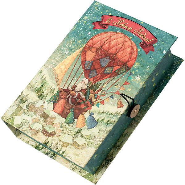 Подарочная коробка Доставка подарков-MУпаковка новогоднего подарка<br>Характеристики:<br><br>• размер коробки: 20х14х6 см;<br>• плотность картона: 1100 г/м2;<br>• масса: 149 г.<br><br>Красивая подарочная коробка поможет красиво упаковать презент. Небольшая коробочка может вместить небольшой сувенир.<br><br>Тематическая новогодняя иллюстрация на упаковке подойдет и для взрослых, и для детей. Мелованный негофрированный картон хорошо держит форму.<br><br>С помощью подарочных коробочек с цветным декоративным рисунком можно быстро и эффектно оформить подарки друзьям и родным.<br><br>Подарочную коробку «Доставка подарков M», Magic Time можно купить в нашем интернет-магазине.<br><br>Ширина мм: 200<br>Глубина мм: 140<br>Высота мм: 60<br>Вес г: 149<br>Возраст от месяцев: 36<br>Возраст до месяцев: 2147483647<br>Пол: Унисекс<br>Возраст: Детский<br>SKU: 7317227