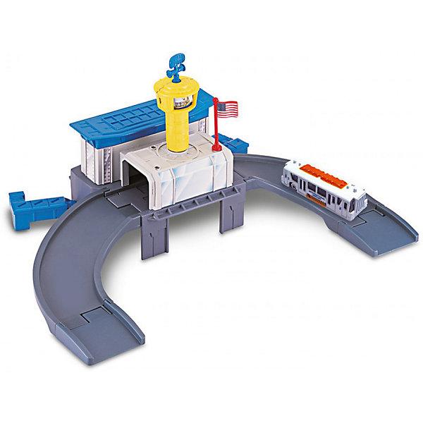 Игровой набор Autotime Megapolis Аэропорт с машинойПарковки и гаражи<br>Характеристики:<br><br>• возраст: от 3 лет;<br>• тип игрушки:набор;<br>• материал: пластик, металл;<br>• размер: 15,5х21,6х6,4 см;<br>• вес: 449 гр;<br>• страна бренда: США;<br>• страна производитель: Китай;<br>• тип упаковки: коробка с окошком;<br>• бренд: Autogrand.<br><br>Набор транспортный Autogrand «MEGAPOLIS» аэропорт с маш. 1:60 включает в себя здание из пластика и машинку в масштабе 1:60. Это новое поколение машинок, которые пришлись по вкусу мальчикам от трех лет и старше. <br><br>Машина изготовлена из литого металла и пластмассы. Машинка сделана из безопасных материалов, разрешенных для детей. Так же красители, которыми окрашены все части автомобиля являются гипоаллергенными и не навредят здоровью ребенка. Игрушка прошла все необходимые проверки и получили все сертификаты качества.<br><br>Набор транспортный Autogrand «MEGAPOLIS» аэропорт с маш. 1:60 можно купить в нашем интернет-магазине.<br><br>Ширина мм: 155<br>Глубина мм: 216<br>Высота мм: 64<br>Вес г: 449<br>Возраст от месяцев: 36<br>Возраст до месяцев: 2147483647<br>Пол: Мужской<br>Возраст: Детский<br>SKU: 7321064