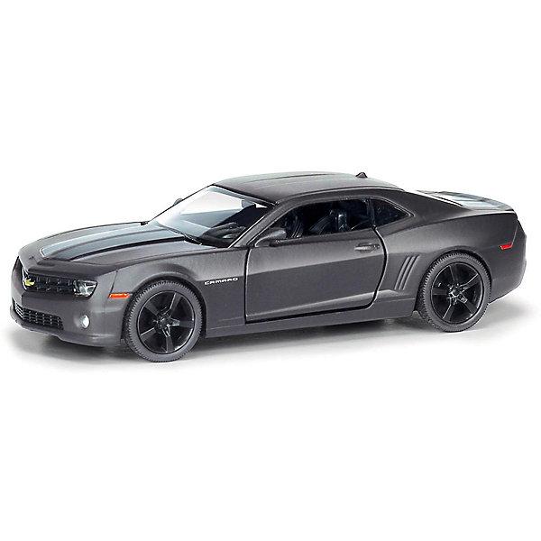 Металлическая машинка RMZ City Chevrolet Camaro 1:32, серый матовыйМашинки<br>Характеристики:<br><br>• возраст: от 3 лет;<br>• тип игрушки: легковой транспорт;<br>• вес: 180 гр;<br>• масштаб: 1:32;<br>• цвет: серый;<br>• особенности: инерционная;<br>• материал: пластик, металл;<br>• размер: 16,5х7,5х7 см;<br>• тип упаковки: коробка с окошком;<br>• бренд: RMZ City<br><br>Машина металлическая RMZ City 1:32 Chevrolet Camaro станет отличным подарком для мальчиков от трех лет и старше. Такой набор включает в себя машинку серого матового цвета.  Упаковка сделана с окошком и подходит в качестве подарочной.<br><br>Особенность игрушки состоит в том, что машинка инерционная. Коллекционные машинки порадуют любителей автогонок, ведь из них можно собрать целый автопарк. Машина отлично развивает скорость на гладкой поверхности, если ее подтолкнуть, и в точности повторяет внешний вид настоящего автомобиля. <br><br>Машинка сделана из безопасных материалов. Так же красители, которыми окрашены все части автомобиля являются гипоаллергенными и не навредят здоровью ребенка. Игрушка прошла все необходимые проверки и получили все сертификаты качества.<br><br>Машину металлическую RMZ City 1:32 Chevrolet Camaro  можно купить в нашем интернет-магазине.<br>Ширина мм: 165; Глубина мм: 75; Высота мм: 70; Вес г: 186; Возраст от месяцев: 36; Возраст до месяцев: 120; Пол: Мужской; Возраст: Детский; SKU: 7322648;
