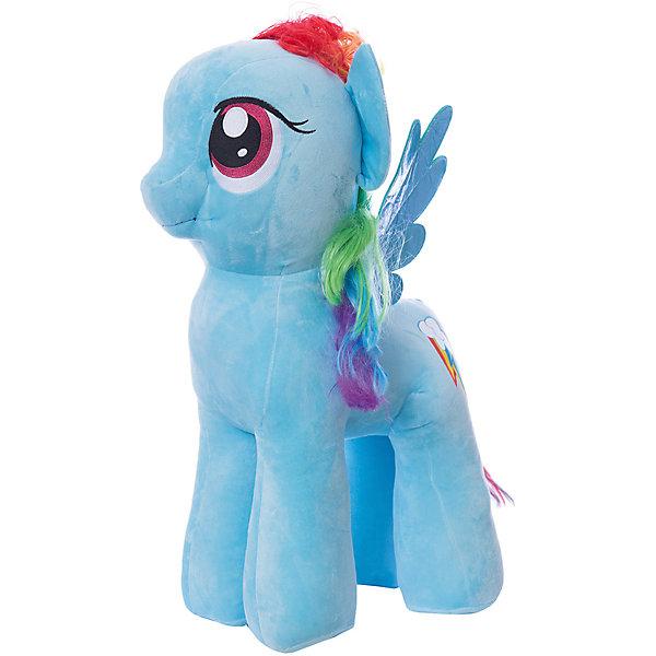 Мягкая игрушка Ty Inc My Little Pony Рэйнбоу Деш, 70 смМягкие игрушки из мультфильмов<br>Характеристики:<br><br>• возраст: от 3 лет;<br>• тип игрушки: мягкие игрушки;<br>• размер: 40х35х76 см;<br>• высота: 70 см;<br>• вес: 3,620 кг;<br>• материал: искусственный мех, синтепон;<br>• тип упаковки: ярлык;<br>• бренд: Ty.<br><br>Пони по имени Rainbow Dash из серии My Little Pony от бренда Ty станет отличным подарком для ребенка от трех лет и старше. Мягкая игрушка Rainbow Dash никого не оставит равнодушными. Игрушка сделана по подобию одной из героинь популярного детского мультсериала «Мой маленький пони».<br><br>У пони большие, добрые глаза, мягкая плюшевая шерстка голубого цвета и длинные грива и хвост, которые можно причесывать. Так же у нее есть синие крылышки. И, конечно же, отличительный персональный знак на левом боку в виде пары спелых яблочек. С такой игрушкой не захочется расставаться ни днем, ни ночью.<br><br>Игрушка изготовлена из качественных, нетоксичных материалов, абсолютно безопасных для здоровья малыша. Вместе с такой игрушкой у ребенка будет развиваться фантазия, аккуратность и чувство ответственности. <br><br>Пони по имени Rainbow Dash из серии My Little Pony от бренда Ty можно купить в нашем интернет-магазине.<br>Ширина мм: 400; Глубина мм: 350; Высота мм: 760; Вес г: 3620; Возраст от месяцев: 36; Возраст до месяцев: 120; Пол: Унисекс; Возраст: Детский; SKU: 7322693;