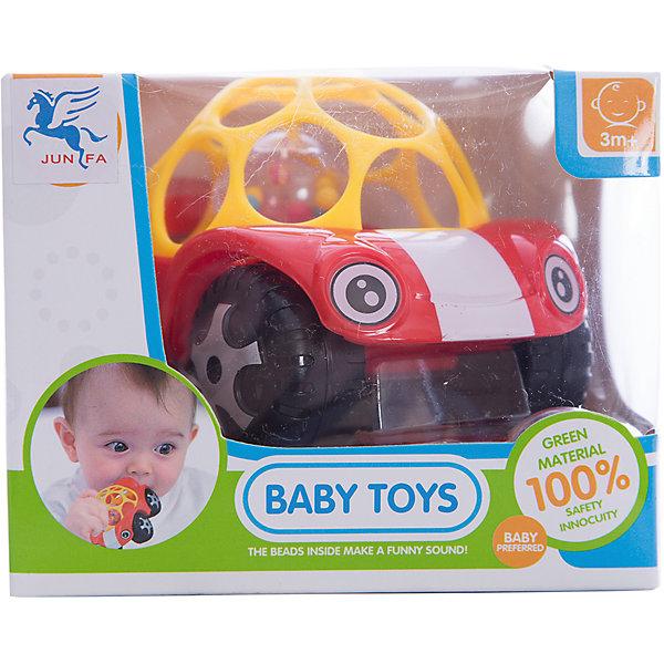 Погремушка Abtoys МашинкаИгрушки для новорожденных<br>Характеристики:<br><br>• возраст: от 3 мес.;<br>• тип игрушки: погремушка;<br>• размер: 12,5х12х10 см;<br>• вес: 142 гр;<br>• материал: пластик;<br>• бренд: ABtoys.<br><br>Погремушка-машинка – это яркая, оригинальная погремушка в виде машинки заинтересует малыша, и он забудет о своих капризах. Это та самая игрушка, которую можно катать и кусать.<br>Крыша у машины-погремушки изготовлена из гибкого полностью безопасного и гипоаллергенного пластика, который можно погрызть, когда режутся зубки. Также большие отверстия в крыши позволяют хватать игрушку и удобно держать ее. Колеса у машинки прозрачные и имеют внутри разноцветные шарики, которые начинают греметь стоит потрясти игрушку.<br><br>Погремушку-машинку можно купить в нашем интернет-магазине.<br>Ширина мм: 125; Глубина мм: 120; Высота мм: 100; Вес г: 142; Возраст от месяцев: 3; Возраст до месяцев: 12; Пол: Унисекс; Возраст: Детский; SKU: 7322695;