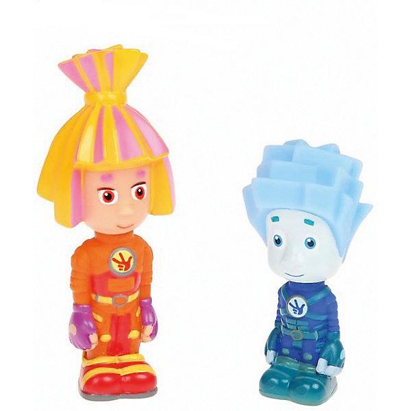 Игрушки для ванны Играем вместе Фиксики, Нолик и СимкаИгрушки для ванной<br>Характеристики товара:<br><br>• в комплекте: фигурка Симки, фигурка Нолика;<br>• высота игрушки: 10 см;<br>• возраст: от 6 месяцев;<br>• материал: ПВХ-пластизоль;<br>• размер упаковки: 5х11х19 см;<br>• страна бренда: Россия.<br><br>Маленькие веселые игрушки-пищалки делают купание веселым и забавным. Фигурки Нолика и Симки звонко пищат, если сдавить их. Кроме того, фигурки выглядят очень реалистично, напоминая малышу о любимых персонажах мультфильма. Игрушки легкие, мягкие и яркие, поэтому они обязательно подарят малышу много радости во время купания.<br><br>Игрушки для ванной «Фиксики. Нолик+ Симка» в сетке, Играем вместе можно купить в нашем интернет-магазине.<br><br>Ширина мм: 4<br>Глубина мм: 2<br>Высота мм: 10<br>Вес г: 40<br>Возраст от месяцев: 6<br>Возраст до месяцев: 84<br>Пол: Унисекс<br>Возраст: Детский<br>SKU: 7328014
