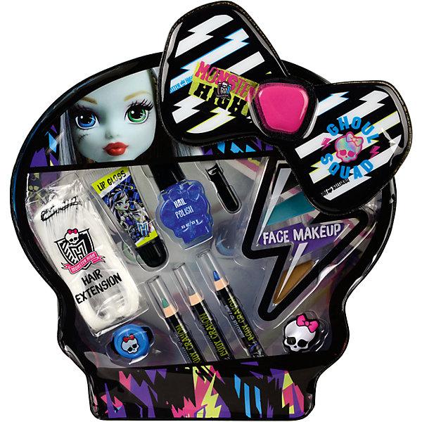 Monster High Игровой набор детской декоративной косметики FrankieНаборы детской косметики<br>Характеристики:<br><br>• декоративная косметика для лица и ногтей;<br>• косметика на водной основе;<br>• продукция не содержит парабенов, метилизотиазолинона и пальмового масла;<br>• косметика долго хранится, сохраняет свои первоначальные свойства;<br>• продукты гипоаллергенны, практически не вызывают аллергическую реакцию;<br>• рекомендация: перед применением косметики проверьте индивидуальную реакцию ребенка на продукцию Markwins;<br>• состав набора: цветная прядь искусственных волос 1 шт., блеск для губ в тубе 1 шт., лак для ногтей на водной основе 1 шт., косметические карандаши 3 шт., палитра кремовых теней для век из 4 оттенков, аппликатор 1 шт., резинка для волос 1 шт., заколочка для волос 1 шт.;<br>• размер упаковки: 21х4х34 см;<br>• вес: 221 г.<br><br>Салон красоты в домашних условиях – возможность преобразиться, создать новый образ, проявить женственность и чувство стиля. Набор декоративной косметики Markwins содержит в себе косметику для глаз, губ и ногтей.  <br><br>Monster High Игровой набор детской декоративной косметики Frankie можно купить в нашем интернет-магазине.<br><br>Ширина мм: 210<br>Глубина мм: 40<br>Высота мм: 340<br>Вес г: 221<br>Возраст от месяцев: 36<br>Возраст до месяцев: 2147483647<br>Пол: Женский<br>Возраст: Детский<br>SKU: 7329054