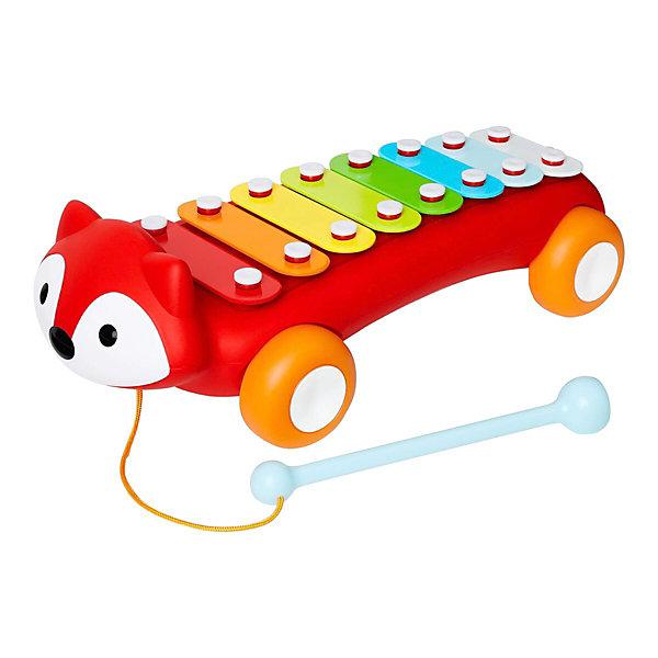 Ксилофон-каталка Skip Hop ЛисаКсилофоны<br>Характеристики товара:<br><br>• возраст: от 1 года;<br>• материал: пластик, дерево;<br>• размер упаковки: 36х17х16 см;<br>• вес упаковки: 800 гр.;<br>• страна производитель: Китай.<br><br>Развивающая игрушка «Лиса-ксилофон» Skip Hop — разноцветный музыкальный инструмент ксилофон с 8 нотами. В наборе молоточек, которым малыш будет стучать по нотам и слушать звуки. Для удобного хранения молоточек прикрепляется ко дну игрушки. Игрушка способствует развитию цветового восприятия, мелкой моторики рук, музыкального слуха. Ксилофон выполнен из качественного дерева и не имеет острых элементов. <br><br>Развивающую игрушку «Лиса-ксилофон» Skip Hop можно приобрести в нашем интернет-магазине.<br>Ширина мм: 360; Глубина мм: 170; Высота мм: 160; Вес г: 800; Возраст от месяцев: 12; Возраст до месяцев: 36; Пол: Унисекс; Возраст: Детский; SKU: 7332033;