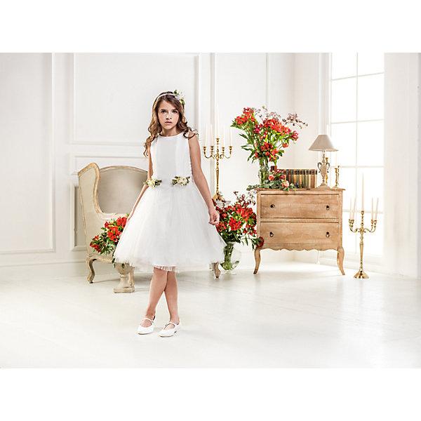 Нарядное платье Les Gamins для девочкиПлатья и сарафаны<br>Характеристики товара:<br><br>• цвет: белый;<br>• состав: 55% полиэстер, 45% вискоза;<br>• подкладка: 100% хлопок;<br>• сезон: круглый год;<br>• платье без рукавов;<br>• в комплекте: болеро и ободок;<br>• украшено цветами;<br>• страна бренда: Италия;<br>• страна изготовитель: Китай.<br><br>Нарядное платье Les Gamins для девочки. Элегантное и праздничное белое платье с простым верхом и прямой юбкой- пачкой дополнено аксессуарами- цветками, как на платье, так и на ободке, который входит в комплект. Нежное и праздничное платье украшает болеро, которое так же входит в комплект. <br><br>Нарядное платье Les Gamins для девочки можно купить в нашем интернет-магазине.<br>Ширина мм: 236; Глубина мм: 16; Высота мм: 184; Вес г: 177; Цвет: белый; Возраст от месяцев: 84; Возраст до месяцев: 96; Пол: Женский; Возраст: Детский; Размер: 128,164,158,152,146,140,134; SKU: 7336940;