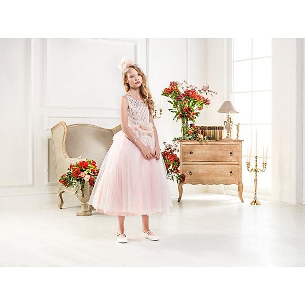 Нарядное платье Les Gamins для девочкиОдежда<br>Характеристики товара:<br><br>• цвет: розовый;<br>• состав: 55% полиэстер, 45% вискоза;<br>• подкладка: 100% хлопок;<br>• сезон: круглый год;<br>• платье без рукавов;<br>• в комплекте: болеро и ободок;<br>• элегантный вырез на спине;<br>• страна бренда: Италия;<br>• страна изготовитель: Китай.<br><br>Нарядное платье Les Gamins для девочки. На бал, только на бал, говорили итальянские дизайнеры Les Gamins Cerimonia, создавая это прекрасное платье «Балерины» нежно розового цвета с длинной юбкой-пачкой. Сзади на платье элегантный вырез. Образ дополняет болеро и ободок которые входят в комплект. <br><br>Нарядное платье Les Gamins для девочки можно купить в нашем интернет-магазине.<br><br>Ширина мм: 236<br>Глубина мм: 16<br>Высота мм: 184<br>Вес г: 177<br>Цвет: розовый<br>Возраст от месяцев: 120<br>Возраст до месяцев: 132<br>Пол: Женский<br>Возраст: Детский<br>Размер: 146,140,134,128,164,158,152<br>SKU: 7336984