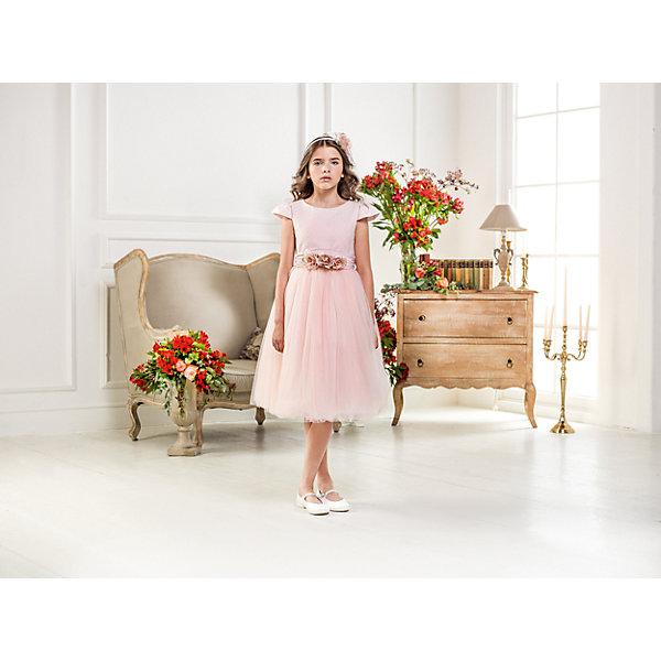 Нарядное платье Les Gamins для девочкиОдежда<br>Характеристики товара:<br><br>• цвет: розовый;<br>• состав: 55% полиэстер, 45% вискоза;<br>• подкладка: 100% хлопок;<br>• сезон: круглый год;<br>• платье с коротким рукавом;<br>• в комплекте: болеро, пояс и ободок;<br>• страна бренда: Италия;<br>• страна изготовитель: Китай.<br><br>Нарядное платье Les Gamins для девочки. Платье выполнено в классическом стиле Les Gamins Cerimonia, что так известно в Италии. Нежным и одновременно торжественным дополнением к платью идут пояс и ободок, выполненные в едином стиле. В комплекте платья есть также болеро.<br><br>Нарядное платье Les Gamins для девочки можно купить в нашем интернет-магазине.<br>Ширина мм: 236; Глубина мм: 16; Высота мм: 184; Вес г: 177; Цвет: розовый; Возраст от месяцев: 84; Возраст до месяцев: 96; Пол: Женский; Возраст: Детский; Размер: 128,164,158,152,146,140,134; SKU: 7337032;