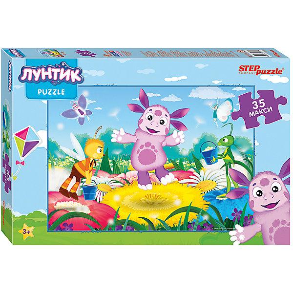 Пазл Maxi Step Puzzle Лунтик, 35 элементовПазлы для малышей<br>Характеристики товара:<br><br>• возраст: от 3 лет;<br>• количество элементов: 35;<br>• материал: картон;<br>• размер собранного пазла: 68х48 см;<br>• упаковка: картонная коробка;<br>• размер упаковки: 40х27х5,5 см;<br>• бренд, страна производства: STEP puzzle, Россия.<br><br>Макси-пазл «Лунтик» состоит из 35 крупных и ярких элементов, которые образуют чудесную картинку с изображением любимых героев - Лунтика и его друзей.<br><br>Пазл упакован в картонную коробку с изображением основной картинки, на которую удобно ориентироваться при сборке. Большие детали позволяют самостоятельно собирать картинку даже маленьким детям.<br><br>Пазл сделан из прочных и качественных, нетоксичных и гипоаллергенных материалов. Собирая пазл, ребенок будет развивать концентрацию внимания, память, визуальное восприятие, логическое мышление и мелкую моторику рук.<br><br>Макси-пазл «Лунтик», 35 элементов можно купить в нашем интернет-магазине.<br>Ширина мм: 400; Глубина мм: 270; Высота мм: 55; Вес г: 780; Возраст от месяцев: 36; Возраст до месяцев: 2147483647; Пол: Унисекс; Возраст: Детский; SKU: 7338436;