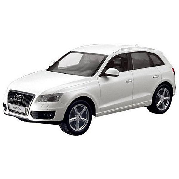 Радиоуправляемая машинка Rastar Audi Q5 1:14, белаяРадиоуправляемые машины<br>Характеристики:<br><br>• возраст: от 6 лет:<br>• материал: металл, пластик;<br>• масштаб: 1:14;<br>• максимальная скорость: до 12 км/ч;<br>• двигатель: электрический;<br>• в комплекте: машина, пульт управления;<br>• тип батареек: 5 батареек АА; 1 батарейка Крона;<br>• наличие батареек: нет в комплекте;<br>• вес упаковки: 1,31 кг.;<br>• размер упаковки: 45,5х21,5х19,5 см;<br>• размер игрушки: 33,3х15,1х12 см;<br>• страна производитель: Китай.<br><br>Точная копия солидного автомобиля ? радиоуправляемая машинка Rastar Rastar Audi Q5 увлечет в мир больших скоростей и приключений на дорогах.<br><br>Игрушка управляется с помощью удобного пульта и может от него отдаляться на расстояние до 25 м. Машина обладает отличной маневренностью, ездит в четырех направлениях.<br><br>Rastar Audi Q5 имеет задний привод и разгоняется на ровной дороге до 12 км/ч. Преодолевать препятствия на улице будет одно удовольствие! Благодаря электрическому двигателю не будет особо шума и выхлопных газов, поэтому можно устраивать заезды и дома. Кроме того, когда машина едет вперед, включаются фары, а когда тормозит или сдает назад — стоп-сигналы.<br><br>Радиоуправляемую машинку Rastar Rastar Audi Q5, 1:14 можно купить в нашем интернет-магазине.<br>Ширина мм: 455; Глубина мм: 215; Высота мм: 195; Вес г: 1310; Возраст от месяцев: 36; Возраст до месяцев: 180; Пол: Мужской; Возраст: Детский; SKU: 7345276;