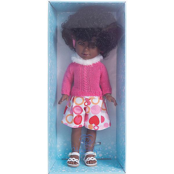 Классическая кукла Vestida de Azul Весна Нью-Йорк Паулина африканка, 33 смКуклы<br>Характеристики товара:<br><br>• возраст: от 3 лет;<br>• материал: пластик, винил;<br>• размер упаковки: 40х19х9 см;<br>• вес: 690 гр.;<br>•высота куклы: 33 см;<br>•страна производитель: Испания;<br>• бренд: Vestida de Azul.<br><br>Темнокожая красавица от Испанского бренда Vestida de Azul Паулина приглашает каждую девочку поиграть с собой. У Паулины подвижные руки, ноги и голова, что делает игру с ней наиболее реалистичной.<br><br>У Паулины темная кожа и очень милое личико с красивыми голубыми глазами, пухлыми губами и длинными ресницами. Кудрявые волосы у куклы очень похожи на натуральные, надежно прошиты, что позволит девочке укладывать ей волосы как ей захочется.<br><br>Одета кукла в стиле Нью-Йорка: яркий комбинезон с принтом в разноцветный горох и тёплый ярко-розовый кардиган с белым меховым воротом. <br><br>Куклу Vestida de Azul Паулина Весна Нью-Йорк можно купить в нашем интернет-магазине.<br>Ширина мм: 410; Глубина мм: 110; Высота мм: 220; Вес г: 700; Возраст от месяцев: 36; Возраст до месяцев: 2147483647; Пол: Женский; Возраст: Детский; SKU: 7376713;