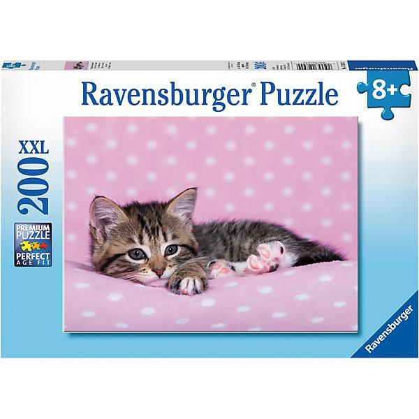 Пазл Котёнок отдыхает XXL 200 штПазлы классические<br>Характеристики:<br><br>• тип игрушки: пазл;<br>• комплектация: 200 эл.;<br>• бренд: Ravensburger;<br>• упаковка: картон;<br>• размер: 34х4х23 см;<br>• вес: 575 гр;<br>• возраст: от 6 лет;<br>• материал: картон.<br><br>Пазл «Котёнок отдыхает» XXL 200 шт представляет из себя увлекательную игру для детей от шести лет. Набор состоит из 200 деталей, выполненных из высококачественного картона. Из них предлагается собрать изображение милого котенка. Головоломки Ravensburger всегда отличаются высоким качеством полиграфии, изготовлены из экологичного сырья.   Рисунок имеет матовую поверхность без бликов, напечатан на ламинированной бумаге. <br><br>Пазл сделан из плотного картона, с нанесением яркого красочного рисунка и аккуратной вырубкой деталей с четкими гладкими краями, которые позволяют легко состыковывать элементы пазла между собой. Сборка данного пазла сможет увлечь детей и поспособствовать развитию логического мышления и усидчивости.  Они также развивают образное мышление, наблюдательность и внимательность, а также мелкую моторику и координацию движений рук.<br><br>Пазл «Котёнок отдыхает» XXL 200 шт можно купить в нашем интернет-магазине.<br><br>Ширина мм: 340<br>Глубина мм: 40<br>Высота мм: 230<br>Вес г: 575<br>Возраст от месяцев: -2147483648<br>Возраст до месяцев: 2147483647<br>Пол: Унисекс<br>Возраст: Детский<br>SKU: 7376908