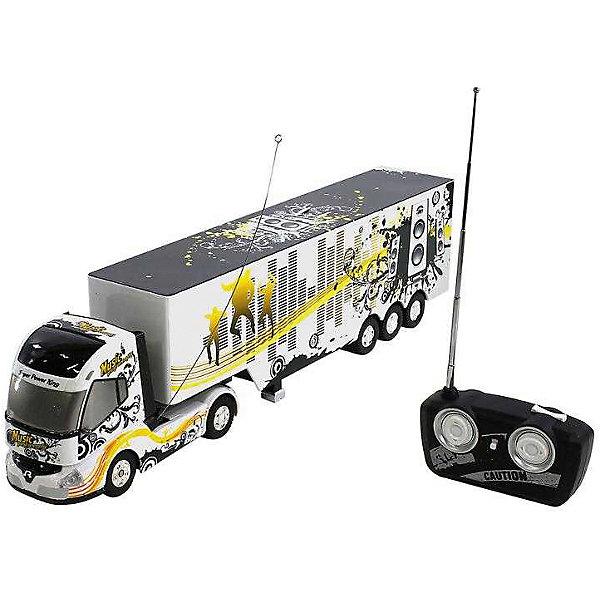 Радиоуправляемая машинка Mioshi Грузовик, 49 см (свет, звук)Радиоуправляемые машины<br>Характеристики:<br><br>• возраст: от 6 лет;<br>• материал: пластик;<br>• в комплекте: грузовик, прицеп, пульт управления, инструкция;<br>• двигатель: электрический;<br>• тип батареек: 4хАА, 1,9V;<br>• наличие батареек: не в комплекте;<br>• вес упаковки: 1кг.;<br>• размер упаковки: 62х16х11 см;<br>• страна производитель: Китай.<br><br>Яркий грузовик на радиоуправлении от Mioshi выглядит совсем как настоящий. Он движется в четырех направлениях благодаря дистанционному управлению пультом на частоте 40 мГц. Во время езды раздаются характерные для грузовика звуки, а шасси сияют подсветкой.<br><br>Прицеп игрушки съемный. При желании его можно отсоединить на ходу с помощью специальной кнопки на пульте. Грузовик станет отличным дополнением в автопарке.<br><br>Р/у Грузовик 49 см, свет, звук можно купить в нашем интернет-магазине.<br>Ширина мм: 620; Глубина мм: 160; Высота мм: 110; Вес г: 1000; Возраст от месяцев: 72; Возраст до месяцев: 1188; Пол: Мужской; Возраст: Детский; SKU: 7377567;