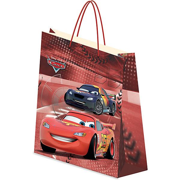 Пакет подарочный, CarsДетские подарочные пакеты<br>Характеристики:<br><br>• вес:  62г.;<br>• материал:  бумага;<br>• размер:28х34х9см.;<br>• для детей в возрасте: от 3 лет.;<br>• страна производитель: Россия.<br><br>Подарочный бумажный пакет бренда «Regalissimi» (Регалисими)из серии «Disney Cars»(Дисней Кар) станет прекрасным дополнением для любого детского подарка.Он создан из высококачественных, экологически чистых материалов, что очень важно для детских товаров.<br><br> Оформление для подарочной упаковки разработано итальянскими дизайнерами и пользуется неизменно высоким спросом на протяжении нескольких лет. Коллекции созданы с учётом цветовой гармонизации ряда, что позволяет оформлять подарки в едином стиле.  <br>                 <br>Подарочный бумажный пакет, можно купить в нашем интернет-магазине.<br>Ширина мм: 2; Глубина мм: 280; Высота мм: 340; Вес г: 62; Возраст от месяцев: 36; Возраст до месяцев: 96; Пол: Мужской; Возраст: Детский; SKU: 7377666;