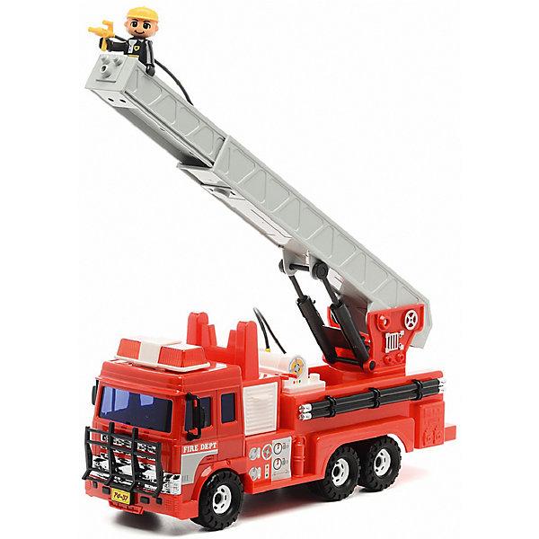 Машинка Daesung Пожарная машинаМашинки<br>Характеристики:<br><br>• возраст: от 3 лет<br>• комплектация: пожарная машина, фигурка пожарного, шланг<br>• размер пожарной машины (без учета лестницы): 36,5х16,5х10,5 см.<br>• материал: пластик<br>• упаковка: красочная картонная коробка<br>• размер упаковки: 42х15х24 см.<br>• вес: 1,837 кг.<br><br>Пожарная машина от компании Daesung (Дайсунг) обязательно должна быть в гараже маленького автолюбителя.<br><br>Пожарная машина хорошо детализирована и тщательно проработана. Машина окрашена в яркий красный цвет. Лестница пожарной машины поднимается и поворачивается на 360 градусов. Шланг брандспойта разматывается. Смотанный шланг можно спрятать в ящик за кабиной водителя. Пожарная машина оснащена инерционным механизмом. Прорезиненные колеса с легкостью двигаются по любой поверхности не проскальзывая, и не оставляя следов на полу. В комплект входит маленькая фигурка пожарника.<br><br>Игрушка изготовлена из высококачественного, ударопрочного пластика, абсолютно безопасного для здоровья детей.<br><br>Игрушку пожарную машину Daesung (Дайсунг) можно купить в нашем интернет-магазине.<br>Ширина мм: 240; Глубина мм: 470; Высота мм: 150; Вес г: 1837; Возраст от месяцев: 36; Возраст до месяцев: 2147483647; Пол: Мужской; Возраст: Детский; SKU: 7379675;