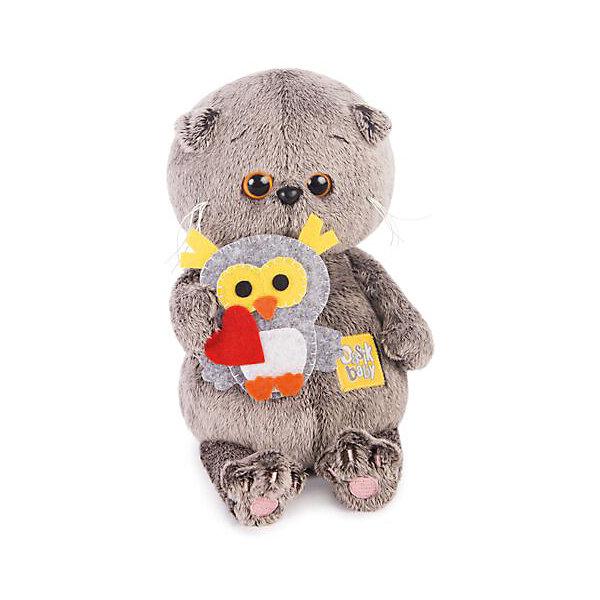 Басик BABY с совенкомМягкие игрушки животные<br>Характеристики товара:<br><br>• возраст: от 3 лет;<br>• материал: текстиль, искусственный мех;<br>• высота игрушки: 20 см;<br>• размер упаковки: 22,3х22,3х11,3 см;<br>• вес упаковки: 340 гр.;<br>• страна производитель: Россия.<br><br>Мягкая игрушка «Басик Baby с совенком» Budi Basa - очаровательный пушистый котенок с добрыми глазками. Басик еще совсем малыш. В руках Басик держит игрушку в виде совенка. Игрушка выполнена из качественного безопасного материала, настолько приятного и мягкого, что ребенок будет брать с собой котенка в кроватку и спать в обнимку.<br><br>Мягкую игрушку «Басик Baby с совенком» Budi Basa можно приобрести в нашем интернет-магазине.<br><br>Ширина мм: 223<br>Глубина мм: 223<br>Высота мм: 113<br>Вес г: 340<br>Возраст от месяцев: 36<br>Возраст до месяцев: 2147483647<br>Пол: Унисекс<br>Возраст: Детский<br>SKU: 7417235