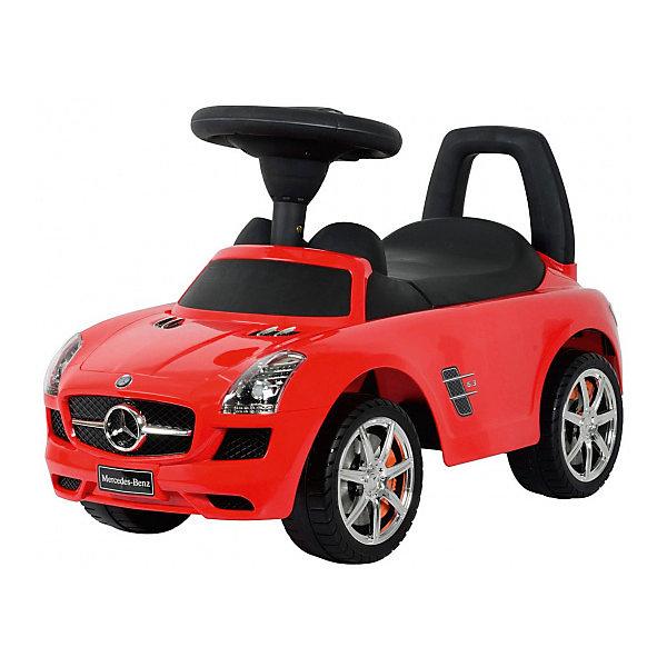 Машина-каталка Bugati Mercedes-Benz, краснаяМашинки-каталки<br>Характеристики товара:<br><br>• возраст: от 1 года;<br>• максимальная нагрузка: 20 кг;<br>• материал: пластик;<br>• размер упаковки: 61х39х29 см;<br>• вес упаковки: 3,5 кг;<br>• страна производитель: Китай.<br><br>Машина для катания Bugati «Mercedes Benz» красная — каталка с удобным сидением и спинкой-ручкой. Малыш может самостоятельно совершать шаги, держась за спинку. Или же ездить на каталке, отталкиваясь ножками от пола. <br><br>Каталка оснащена 4 широкими устойчивыми колесами. На руле встроен модуль, активирующий звуковые эффекты. Под сидением находится небольшой отсек для вещей и игрушек. Выполнена из качественного безопасного пластика.<br><br>Машину для катания Bugati «Mercedes Benz» красную можно приобрести в нашем интернет-магазине.<br><br>Ширина мм: 390<br>Глубина мм: 610<br>Высота мм: 290<br>Вес г: 3500<br>Возраст от месяцев: 12<br>Возраст до месяцев: 36<br>Пол: Мужской<br>Возраст: Детский<br>SKU: 7443066