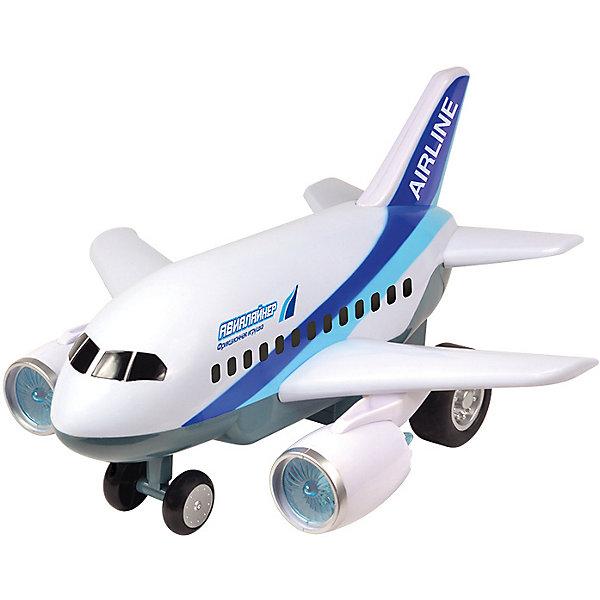 Самолет Handers АвиалайнерСамолёты и вертолёты<br>Характеристики:<br><br>• возраст: от 3 лет;<br>• материал: пластик;<br>• в комплекте: игрушка;<br>• тип батареек: 2хАА;<br>• наличие батареек: не в комплекте;<br>• функции: свет, звук;<br>• вес упаковки: 1,33 кг.;<br>• размер упаковки: 35х19х33,5 см;<br>• страна производитель: Китай.<br><br>Игрушечный авиалайнер Handers обладает фрикционным механизмом движения, светится и издает звуки во время игры. Модель выглядит еще реалистичней за счет боковых турбин. Самолет выполнен из безопасного пластика.<br><br>Фрикционную игрушку «Авиалайнер», Handers можно купить в нашем интернет-магазине.<br>Ширина мм: 350; Глубина мм: 190; Высота мм: 335; Вес г: 1330; Цвет: белый; Возраст от месяцев: 36; Возраст до месяцев: 72; Пол: Мужской; Возраст: Детский; SKU: 7448747;