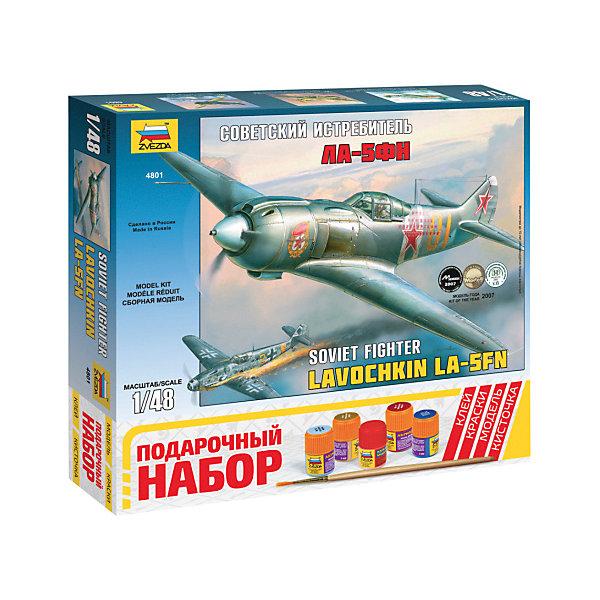 Сборная модель  Самолет Ла-5ФНСамолеты и вертолеты<br>Характеристики:<br><br>• возраст: от 10 лет;<br>• материал: пластик;<br>• масштаб: 1:48;<br>• в наборе: 5 отливок;<br>• клей, краски, кисточка: в комплекте;<br>• декаль: да;<br>• вес упаковки: 585 гр.;<br>• размер упаковки: 27,6х30,6х5 см;<br>• страна производитель: Россия.<br><br>Модель для сборки Zvezda «Самолет Ла-5ФН» детально изображает одноименный советский истребитель. Каждый элемент легко и без повреждений отсоединяется от литника. В подарочном наборе есть все необходимое, чтобы создать завершенный образ самолета.<br><br>Сборка улучшает внимательность, мелкую моторику и пространственное мышление. Понятная поэтапная инструкция поможет собрать точную копию прототипа.<br><br>Готовая модель выглядит максимально реалистично, подходит для тематических игр и станет достойной частью коллекции. Набор выполнен из качественных материалов, соответствующих стандартам безопасности.<br><br>Сборную модель «Самолет Ла-5ФН» можно купить в нашем интернет-магазине.<br>Ширина мм: 276; Глубина мм: 306; Высота мм: 50; Вес г: 585; Возраст от месяцев: 84; Возраст до месяцев: 2147483647; Пол: Унисекс; Возраст: Детский; SKU: 7459822;