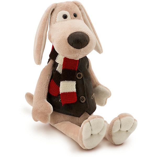 Мягкая игрушка Orange Пёс Бруно, 20 смМягкие игрушки животные<br>Характеристики товара:<br><br>• возраст: от 3 лет;<br>• цвет: бежевый;<br>• высота игрушки: 20 см.;<br>• состав: искусственный мех, текстиль, пластик, наполнитель;<br>• упаковка: картонная коробка;<br>• вес в упаковке: 100 гр.;<br>• бренд, страна: Orange, Россия;<br>• страна-производитель: Китай.<br><br>Мягкая игрушка «Пёс Бруно» торговой марки Orange может привести в восторг многих детей. Послужит ребенку не только отличном подарком, но и украсит интерьер дома, придаст комнате атмосферу уюта и тепла. <br><br>Пес имеет приятную расцветку, а также одет в модный замшевый жилетик. А в качестве аксессуара Бруно использовал стильный и яркий шарфик. Выполнена из искусственного меха, приятного на ощупь; в качестве наполнителя использованы полиэфирное волокно и полиэтиленовые гранулы. Аккуратно простроченные швы надежно удерживают внутреннюю набивку. <br><br>Все игрушки Российской компании Orange имеют свою яркую индивидуальность, но их, безусловно, объединяет отменное качество, стильный дизайн, привлекательные цены и любовь детей, которые уже познакомились с этими уникальными игрушками.<br><br>Мягкую игрушку «Пёс Бруно», сидячий, 20 см., Orange можно купить в нашем интернет-магазине.<br><br>Ширина мм: 150<br>Глубина мм: 50<br>Высота мм: 100<br>Вес г: 100<br>Возраст от месяцев: 36<br>Возраст до месяцев: 180<br>Пол: Унисекс<br>Возраст: Детский<br>SKU: 7462212
