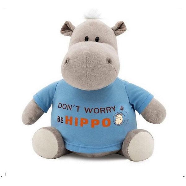 Мягкая игрушка Orange Бегемот Be Hippo, 30 смМягкие игрушки животные<br>Характеристики товара:<br><br>• возраст: от 3 лет;<br>• цвет: серый, голубой;<br>• высота игрушки: 30 см.;<br>• состав: плюш, текстиль, пластик, наполнитель;<br>• упаковка: картонная коробка открытого типа.;<br>• вес в упаковке: 410 гр.;<br>• бренд, страна: Orange, Россия;<br>• страна-производитель: Китай.<br><br>Мягкая игрушка «Бегемот BE HIPPO» от торговой марки Orange может привести в восторг многих детей. Послужит ребенку не только отличном подарком, но и украсит интерьер дома, придаст комнате атмосферу уюта и тепла. С таким бегемотом можно весело играть, спать и гулять.<br><br>Этот милый и забавный бегемотик одет в яркую голубую футболку с забавной надписью на ней. Игрушка выполнена из искусственного меха, приятного на ощупь; в качестве наполнителя использованы полиэфирное волокно и полиэтиленовые гранулы. Аккуратно простроченные швы надежно удерживают внутреннюю набивку. Материалы, использованные для изготовления игрушки, прошли контроль качества и безопасны для маленьких детей. <br><br>Все игрушки Российской компании Orange имеют свою яркую индивидуальность, но их, безусловно, объединяет отменное качество, стильный дизайн, привлекательные цены и любовь детей, которые уже познакомились с этими уникальными игрушками.<br><br>Мягкую игрушку «Бегемот BE HIPPO», сидячий, 30 см., Orange можно купить в нашем интернет-магазине.<br>Ширина мм: 140; Глубина мм: 150; Высота мм: 450; Вес г: 410; Возраст от месяцев: 36; Возраст до месяцев: 180; Пол: Унисекс; Возраст: Детский; SKU: 7462224;