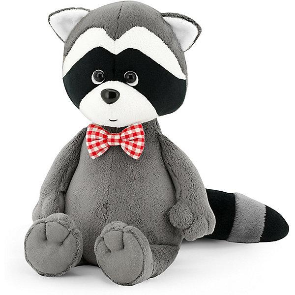 Мягкая игрушка Orange Енотик Дэнни в бабочке, 25 смМягкие игрушки животные<br>Характеристики товара:<br><br>• возраст: от 3 лет;<br>• цвет: серый, черный, красный;<br>• высота игрушки: 25 см.;<br>• состав: искусственный мех, полиэтиленовые гранулы, текстиль, пластик;<br>• упаковка: картонная коробка открытого типа.;<br>• вес в упаковке: 210 гр.;<br>• бренд, страна: Orange, Россия;<br>• страна-производитель: Китай.<br><br>Мягкая игрушка «Енотик Дэнни в бабочке» из коллеции LIFE торговой марки Orange может привести в восторг многих детей. Плюшевая игрушка станет отличным подспорьем для ребенка в развитии воображения, благодаря которому малыш сможет создавать интересные сюжеты и поделки. <br><br>Игрушка представляет собой улыбающегося доброго енотика по имени Дэнни, у которого на шее элегантное украшение, в виде бабочки красного цвета. У Дэнни приятный дружелюбный взгляд и положительное выражение мордочки.<br><br>Внутри игрушки находятся маленькие полиэтиленовые гранулы, которые не теряют форму и не позволяют игрушке портиться. Аккуратно простроченные швы надежно удерживают внутреннюю набивку. Материалы, использованные для изготовления игрушки, прошли контроль качества и безопасны для маленьких детей. <br><br>Коллекция LIFE включает в себя несколько симпатичных персонажей - совершенно разных, но объединённых общей историей их Жизни. Каждый герой имеет свое имя, характер и представлен в нескольких размерах, с разными одеждами и аксессуарами. Все игрушки продаются в стильных коробочках-трансформерах из экологического крафт-картона.<br><br>Мягкую игрушку «Енотик Дэнни в бабочке», сидячий, 25 см., Orange можно купить в нашем интернет-магазине.<br>Ширина мм: 300; Глубина мм: 150; Высота мм: 140; Вес г: 370; Возраст от месяцев: 36; Возраст до месяцев: 180; Пол: Унисекс; Возраст: Детский; SKU: 7462229;