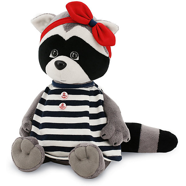 Мягкая игрушка Orange Енотик Дэйзи: Морская классика, 25 смМягкие игрушки животные<br>Характеристики товара:<br><br>• возраст: от 3 лет;<br>• цвет: серый, черный, голубой;<br>• высота игрушки: 25 см.;<br>• состав: искусственный мех, полиэтиленовые гранулы, текстиль, пластик;<br>• упаковка: картонная коробка открытого типа.;<br>• вес в упаковке: 320 гр.;<br>• бренд, страна: Orange, Россия;<br>• страна-производитель: Китай.<br><br>Мягкая игрушка «Енотик Дэйзи: Морская классика» из коллеции LIFE торговой марки Orange может привести в восторг многих детей. Плюшевая игрушка станет отличным подспорьем для ребенка в развитии воображения, благодаря которому малыш сможет создавать интересные сюжеты и поделки. <br><br>Игрушка представляет собой улыбающегося доброго енотика по имени Дэйзи, у нее есть новый костюм - красивая повязка с бантом на голове и модное платье в морском стиле с изображением якоря. Симпатичный, чрезвычайно любопытный зверек с шикарным хвостом порадует детишек своим необычным образом.<br><br>Внутри игрушки находятся маленькие полиэтиленовые гранулы, которые не теряют форму и не позволяют игрушке портиться. Аккуратно простроченные швы надежно удерживают внутреннюю набивку. Материалы, использованные для изготовления игрушки, прошли контроль качества и безопасны для маленьких детей. <br><br>Коллекция LIFE включает в себя несколько симпатичных персонажей - совершенно разных, но объединённых общей историей их Жизни. Каждый герой имеет свое имя, характер и представлен в нескольких размерах, с разными одеждами и аксессуарами. Все игрушки продаются в стильных коробочках-трансформерах из экологического крафт-картона.<br><br>Мягкую игрушку «Енотик Дэйзи: Морская классика», сидячий, 25 см., Orange можно купить в нашем интернет-магазине.<br>Ширина мм: 150; Глубина мм: 140; Высота мм: 300; Вес г: 320; Возраст от месяцев: 36; Возраст до месяцев: 180; Пол: Унисекс; Возраст: Детский; SKU: 7462240;