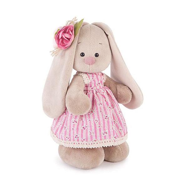 Мягкая игрушка Budi Basa Зайка Ми в деревенском платье, 32 смМягкие игрушки зайцы и кролики<br>Характеристики товара:<br><br>• возраст: от 3 лет;<br>• материал: текстиль, искусственный мех;<br>• высота игрушки: 32 см;<br>• упаковка: подарочная упаковка крафтового типа;<br>• размер упаковки: 61х40х29 см;<br>• вес упаковки: 580 гр.;<br>• страна производитель: Россия.<br><br>Мягкая игрушка «Зайка Ми в деревенском платье» Budi Basa - представляет собой фигурку прелестной зверушки с длинными ушками, наряженная в стильное платье. Образ зайки дополняет очаровательная брошь в виде цветка на ушке. <br><br>Плюшевый зайка сшит из мягкого материала и приятен не только на вид, но и на ощупь. Особый наполнитель делает игрушку упругой, благодаря чему ей не страшны даже крепкие объятия.<br><br>Мягкую игрушку «Зайка Ми в деревенском платье», 32 см., Budi Basa можно приобрести в нашем интернет-магазине.<br>Ширина мм: 610; Глубина мм: 395; Высота мм: 290; Вес г: 580; Возраст от месяцев: 36; Возраст до месяцев: 2147483647; Пол: Унисекс; Возраст: Детский; SKU: 7491164;