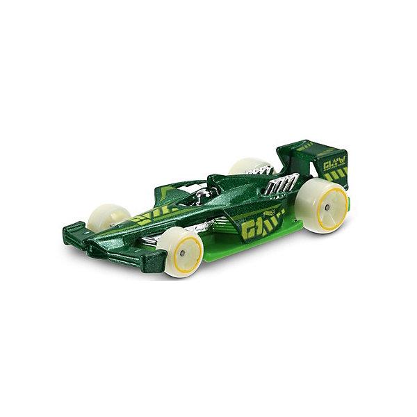 Машинка Hot Wheels из базовой коллекции, Hot WheelsМашинки<br>Характеристики:<br><br>• возраст: от 3 лет;<br>• материал: металл, пластмасса;<br>• вес упаковки: 30 гр.;<br>• размер упаковки: 11х4х11 см;<br>• тип упаковки: блистерный;<br>• страна бренда: США.<br><br>Машинка Hot Wheels от Mattel входит в группу моделей базовой коллекции. Миниатюры этой серии изображают реальные автомобили, спорткары, фургоны, мотоциклы в масштабе 1:64, а также модели с собственным оригинальным дизайном. Собрав свою линейку машинок, ребенок сможет устраивать заезды, гонки и меняться экземплярами с друзьями.<br><br>Монолитные элементы игрушки увеличивают ее прочность. Падение и столкновение с твердыми предметами во время игр не отражается на внешнем виде и ходе машинки. Кузов отчетливо детализирован, покрыт стойкими насыщенными красками. Колеса легко вращаются вокруг своей оси.<br><br>Игрушка выполнена из качественных материалов, сертифицированных по стандартам безопасности для использования детьми.<br><br>Машинку Hot Wheels из базовой коллекции можно купить в нашем интернет-магазине.<br>Ширина мм: 110; Глубина мм: 45; Высота мм: 110; Вес г: 30; Возраст от месяцев: 36; Возраст до месяцев: 96; Пол: Мужской; Возраст: Детский; SKU: 7522214;
