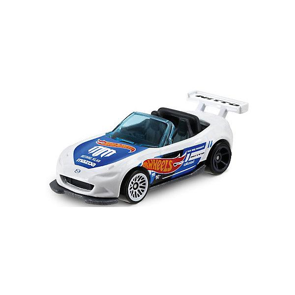 Машинка Hot Wheels из базовой коллекции, Hot WheelsПопулярные игрушки<br>Характеристики:<br><br>• возраст: от 3 лет;<br>• материал: металл, пластмасса;<br>• вес упаковки: 30 гр.;<br>• размер упаковки: 11х4х11 см;<br>• тип упаковки: блистерный;<br>• страна бренда: США.<br><br>Машинка Hot Wheels от Mattel входит в группу моделей базовой коллекции. Миниатюры этой серии изображают реальные автомобили, спорткары, фургоны, мотоциклы в масштабе 1:64, а также модели с собственным оригинальным дизайном. Собрав свою линейку машинок, ребенок сможет устраивать заезды, гонки и меняться экземплярами с друзьями.<br><br>Монолитные элементы игрушки увеличивают ее прочность. Падение и столкновение с твердыми предметами во время игр не отражается на внешнем виде и ходе машинки. Кузов отчетливо детализирован, покрыт стойкими насыщенными красками. Колеса легко вращаются вокруг своей оси.<br><br>Игрушка выполнена из качественных материалов, сертифицированных по стандартам безопасности для использования детьми.<br><br>Машинку Hot Wheels из базовой коллекции можно купить в нашем интернет-магазине.<br>Ширина мм: 110; Глубина мм: 45; Высота мм: 110; Вес г: 30; Возраст от месяцев: 36; Возраст до месяцев: 96; Пол: Мужской; Возраст: Детский; SKU: 7522217;