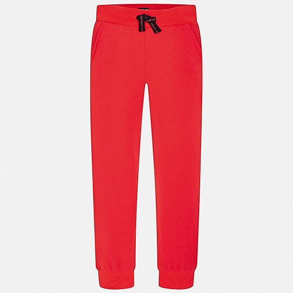 Брюки Mayoral для мальчикаБрюки<br>Характеристики товара:<br><br>• цвет: красный<br>• состав ткани: 86% хлопок, 14% полиэстер<br>• сезон: демисезон<br>• особенности модели: спортивный стиль<br>• пояс: шнурок<br>• страна бренда: Испания<br>• стиль и качество<br><br>Модные спортивные брюки с резинками по низу брючин для мальчика от Майорал помогут обеспечить ребенку комфорт. Такие детские брюки отличаются стильным лаконичным дизайном. В спортивных брюках для мальчика от испанской компании Майорал ребенок будет чувствовать себя - комфортно. <br><br>Брюки Mayoral (Майорал) для мальчика можно купить в нашем интернет-магазине.<br>Ширина мм: 215; Глубина мм: 88; Высота мм: 191; Вес г: 336; Цвет: красный; Возраст от месяцев: 96; Возраст до месяцев: 108; Пол: Мужской; Возраст: Детский; Размер: 128/134,170,164,158,152,140; SKU: 7537635;