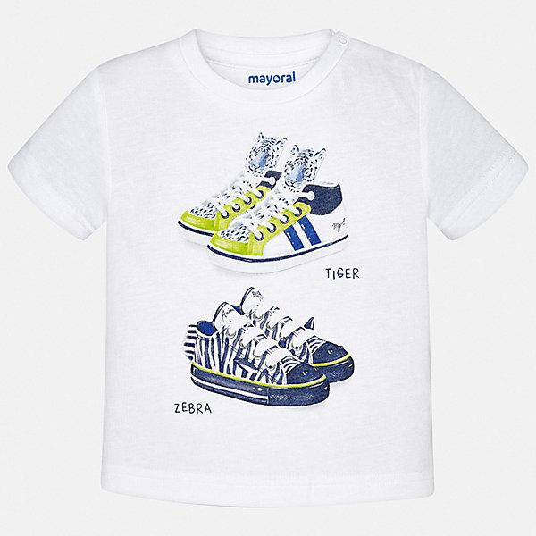 Футболка Mayoral для мальчикаФутболки, поло и топы<br>Характеристики товара:<br><br>• цвет: белый<br>• состав ткани: 100% хлопок<br>• сезон: лето<br>• застежка: кнопки<br>• короткие рукава<br>• страна бренда: Испания<br>• стиль и качество<br><br>Белая детская футболка с коротким рукавом от Mayoral декорирована стильным принтом. Благодаря продуманному крою детской футболки создаются комфортные условия для тела. Эта футболка для мальчика отличается модным дизайном. <br><br>Футболку Mayoral (Майорал) для мальчика можно купить в нашем интернет-магазине.<br>Ширина мм: 199; Глубина мм: 10; Высота мм: 161; Вес г: 151; Цвет: белый; Возраст от месяцев: 12; Возраст до месяцев: 15; Пол: Мужской; Возраст: Детский; Размер: 80,98,92,86; SKU: 7537940;