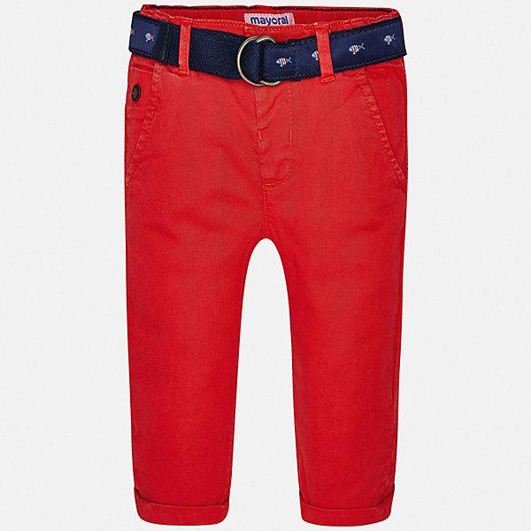 Брюки Mayoral для мальчикаБрюки<br>Характеристики товара:<br><br>• цвет: красный<br>• комплектация: брюки, ремень<br>• состав ткани: 98% хлопок, 2% эластан<br>• сезон: демисезон<br>• шлевки<br>• регулируемая талия<br>• застежка: пуговица<br>• страна бренда: Испания<br>• стиль и качество<br><br>Хлопковые брюки с ремнем для мальчика от Майорал помогут обеспечить ребенку комфорт. Такие детские брюки отличаются лаконичным дизайном. В брюках классического силуэта для мальчика от испанской компании Майорал ребенок будет выглядеть модно, а чувствовать себя - комфортно. <br><br>Брюки Mayoral (Майорал) для мальчика можно купить в нашем интернет-магазине.<br>Ширина мм: 215; Глубина мм: 88; Высота мм: 191; Вес г: 336; Цвет: бордовый; Возраст от месяцев: 6; Возраст до месяцев: 9; Пол: Мужской; Возраст: Детский; Размер: 74,98,92,86,80; SKU: 7538451;