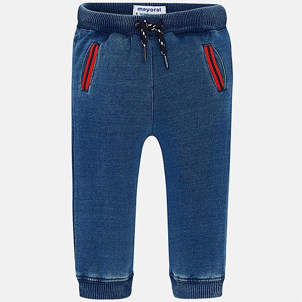 Брюки Mayoral для мальчикаБрюки<br>Характеристики товара:<br><br>• цвет: синий<br>• состав ткани: 95% хлопок, 5% эластан<br>• сезон: демисезон<br>• особенности модели: спортивный стиль<br>• пояс: шнурок<br>• страна бренда: Испания<br>• стиль и качество<br><br>Спортивные брюки с резинками по низу брючин для мальчика от Майорал помогут обеспечить ребенку комфорт. Такие детские брюки отличаются стильным лаконичным дизайном. В спортивных брюках для мальчика от испанской компании Майорал ребенок будет чувствовать себя - комфортно. <br><br>Брюки Mayoral (Майорал) для мальчика можно купить в нашем интернет-магазине.<br>Ширина мм: 215; Глубина мм: 88; Высота мм: 191; Вес г: 336; Цвет: голубой; Возраст от месяцев: 12; Возраст до месяцев: 15; Пол: Мужской; Возраст: Детский; Размер: 80,98,92,86; SKU: 7538492;