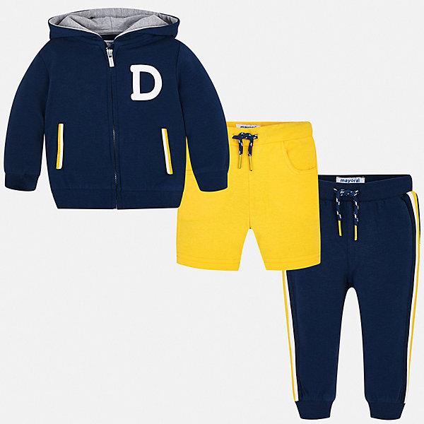 Спортивный костюм Mayoral для мальчикаСпортивная одежда<br>Характеристики товара:<br><br>• цвет: серый<br>• комплектация: шорты, толстовка, брюки<br>• состав ткани: 67% хлопок, 29% полиэстер, 4% эластан<br>• сезон: круглый год<br>• особенности модели: спортивный стиль<br>• застежка: молния<br>• пояс: резинка, шнурок<br>• длинные рукава<br>• страна бренда: Испания<br>• стиль и качество<br><br>Качественные шорты, толстовка и брюки для ребенка от Майорал - отличный комплект для занятия спортом. В этом детском спортивном костюме - сразу три качественные и модные вещи. В спортивном костюме для ребенка от испанской компании Майорал ребенок будет чувствовать себя удобно благодаря высокому качеству материала и швов. <br><br>Спортивный костюм Mayoral (Майорал) для мальчика можно купить в нашем интернет-магазине.<br>Ширина мм: 247; Глубина мм: 16; Высота мм: 140; Вес г: 225; Цвет: синий; Возраст от месяцев: 6; Возраст до месяцев: 9; Пол: Мужской; Возраст: Детский; Размер: 80,74,98,92,86; SKU: 7538893;