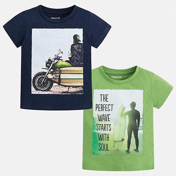 Комплект:2 футболки Mayoral для мальчикаФутболки, поло и топы<br>Характеристики товара:<br><br>• цвет: зеленый, синий<br>• комплектация: 2 шт<br>• состав ткани: 100% хлопок<br>• сезон: лето<br>• короткие рукава<br>• страна бренда: Испания<br>• стиль и качество<br><br>Обе детские футболки из такого комплекта сделаны из натуральной дышащей и антиаллергенной хлопковой ткани. Такая детская футболка поможет создать стильный и комфортный наряд для ребенка. Хлопковая футболка с принтом для мальчика от Mayoral - отличная базовая вещь для детского гардероба. <br><br>Комплект: 2 футболки Mayoral (Майорал) для мальчика можно купить в нашем интернет-магазине.<br>Ширина мм: 199; Глубина мм: 10; Высота мм: 161; Вес г: 151; Цвет: зеленый; Возраст от месяцев: 96; Возраст до месяцев: 108; Пол: Мужской; Возраст: Детский; Размер: 134,104,110,116,122,128; SKU: 7539370;