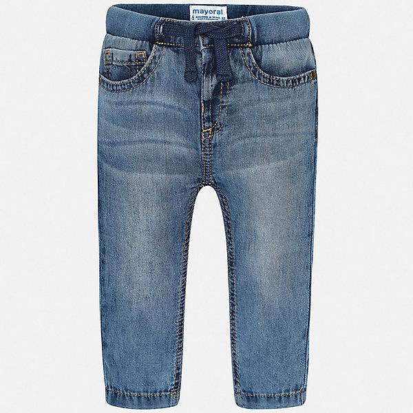 Джинсы Mayoral для мальчикаДжинсы<br>Характеристики товара:<br><br>• цвет: синий<br>• состав ткани: 100% хлопок<br>• сезон: демисезон<br>• особенности модели: с эффектом потертостей<br>• пояс: шнурок<br>• страна бренда: Испания<br>• стиль и качество<br><br>Детские синие джинсы сшиты из дышащего плотного материала. Благодаря преобладанию в его составе натурального хлопка материал детских джинсов создает комфортные условия для тела. Джинсы для мальчика от Mayoral отличаются стильным дизайном.<br><br>Джинсы Mayoral (Майорал) для мальчика можно купить в нашем интернет-магазине.<br>Ширина мм: 215; Глубина мм: 88; Высота мм: 191; Вес г: 336; Цвет: синий; Возраст от месяцев: 12; Возраст до месяцев: 15; Пол: Мужской; Возраст: Детский; Размер: 80,98,92,86; SKU: 7541618;