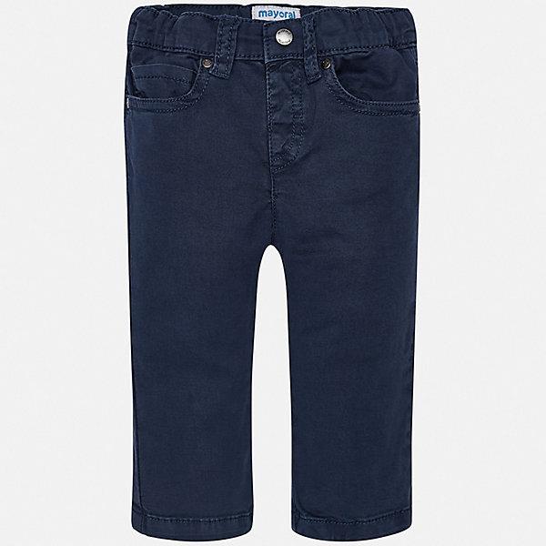 Брюки Mayoral для мальчикаДжинсы и брючки<br>Характеристики товара:<br><br>• цвет: синий<br>• состав ткани: 98% хлопок, 2% эластан<br>• сезон: демисезон<br>• шлевки<br>• регулируемая талия<br>• застежка: пуговица<br>• страна бренда: Испания<br>• стиль и качество<br><br>Хлопковые брюки для мальчика от Майорал помогут обеспечить ребенку комфорт. Такие детские брюки отличаются лаконичным дизайном. В брюках классического силуэта для мальчика от испанской компании Майорал ребенок будет выглядеть модно, а чувствовать себя - комфортно. <br><br>Брюки Mayoral (Майорал) для мальчика можно купить в нашем интернет-магазине.<br>Ширина мм: 215; Глубина мм: 88; Высота мм: 191; Вес г: 336; Цвет: синий; Возраст от месяцев: 6; Возраст до месяцев: 9; Пол: Мужской; Возраст: Детский; Размер: 74,98,92,86,80; SKU: 7541640;