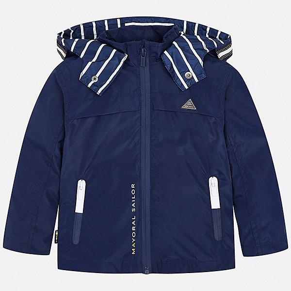 Куртка Mayoral для мальчикаВерхняя одежда<br>Характеристики товара:<br><br>• цвет: синий<br>• состав ткани: 100% полиэстер<br>• подкладка: 60% хлопок, 40% полиэстер<br>• утеплитель: нет<br>• сезон: демисезон<br>• особенности куртки: с капюшоном, спортивный стиль<br>• застежка: молния<br>• страна бренда: Испания<br>• неповторимый стиль Mayoral<br><br>Ветровка для мальчика подойдет для прохладной или переменной погоды. Легкая куртка для детей от популярного бренда Mayoral - стильная и удобная вещь. Детская куртка сшита из приятного на ощупь материала. Куртка для мальчика Mayoral дополнена манжетами и карманами.<br><br>Куртку Mayoral (Майорал) для мальчика можно купить в нашем интернет-магазине.<br>Ширина мм: 356; Глубина мм: 10; Высота мм: 245; Вес г: 519; Цвет: синий; Возраст от месяцев: 18; Возраст до месяцев: 24; Пол: Мужской; Возраст: Детский; Размер: 92,134,128,122,116,110,104,98; SKU: 7543082;
