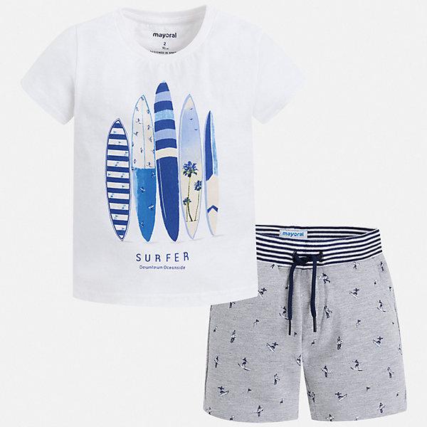 Комплект Mayoral для мальчикаКомплекты<br>Характеристики товара:<br><br>• цвет: белый, серый<br>• комплектация: шорты, футболка<br>• состав ткани: 100% хлопок<br>• сезон: лето<br>• особенности модели: спортивный стиль<br>• пояс: резинка, шнурок<br>• короткие рукава<br>• страна бренда: Испания<br>• неповторимый стиль Mayoral<br><br>Футболка и шорты для мальчика от Майорал - отличный комплект для жаркого времени года. В этом детском комплекте - сразу две качественные и модные вещи. В футболке и шортах для мальчика от испанской компании Майорал ребенок будет чувствовать себя удобно благодаря высокому качеству материала и швов. <br><br>Комплект Mayoral (Майорал) для мальчика можно купить в нашем интернет-магазине.<br>Ширина мм: 215; Глубина мм: 88; Высота мм: 191; Вес г: 336; Цвет: серый; Возраст от месяцев: 72; Возраст до месяцев: 84; Пол: Мужской; Возраст: Детский; Размер: 122,128,134,116,110,104,98,92; SKU: 7543325;