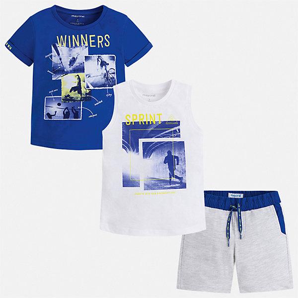 Комплект Mayoral для мальчикаКомплекты<br>Характеристики товара:<br><br>• цвет: белый, синий<br>• комплектация: шорты, футболка, майка<br>• состав ткани: 100% хлопок<br>• сезон: лето<br>• особенности модели: спортивный стиль<br>• пояс: резинка, шнурок<br>• короткие рукава<br>• страна бренда: Испания<br>• неповторимый стиль Mayoral<br><br>В футболке, майке и шортах для мальчика от испанской компании Майорал ребенок будет выглядеть модно, а чувствовать себя - удобно. Эти футболка, майка и шорты для мальчика от Майорал помогут обеспечить ребенку комфорт в жаркое время года. В этом детском комплекте - сразу три стильные вещи. <br><br>Комплект: шорты, футболка, майка Mayoral (Майорал) для мальчика можно купить в нашем интернет-магазине.<br>Ширина мм: 215; Глубина мм: 88; Высота мм: 191; Вес г: 336; Цвет: серый; Возраст от месяцев: 96; Возраст до месяцев: 108; Пол: Мужской; Возраст: Детский; Размер: 134,92,98,104,110,116,122,128; SKU: 7543361;