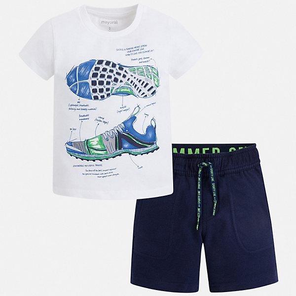 Комплект Mayoral для мальчикаКомплекты<br>Характеристики товара:<br><br>• цвет: белый, синий<br>• комплектация: шорты, футболка<br>• состав ткани: 100% хлопок<br>• сезон: лето<br>• особенности модели: спортивный стиль<br>• пояс: резинка, шнурок<br>• короткие рукава<br>• страна бренда: Испания<br>• неповторимый стиль Mayoral<br><br>Хлопковые футболка и шорты для мальчика от Майорал - отличный комплект для жаркого времени года. В этом детском комплекте - сразу две качественные и модные вещи. В футболке и шортах для мальчика от испанской компании Майорал ребенок будет чувствовать себя удобно благодаря высокому качеству материала и швов. <br><br>Комплект Mayoral (Майорал) для мальчика можно купить в нашем интернет-магазине.<br>Ширина мм: 215; Глубина мм: 88; Высота мм: 191; Вес г: 336; Цвет: синий; Возраст от месяцев: 18; Возраст до месяцев: 24; Пол: Мужской; Возраст: Детский; Размер: 92,134,128,122,116,110,104,98; SKU: 7543406;