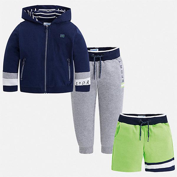 Спортивный костюм Mayoral для мальчикаСпортивная одежда<br>Характеристики товара:<br><br>• цвет: мульти<br>• комплектация: шорты, толстовка, брюки<br>• состав ткани: 80% хлопок, 20% полиэстер<br>• сезон: круглый год<br>• особенности модели: спортивный стиль<br>• застежка: молния<br>• пояс: резинка, шнурок<br>• длинные рукава<br>• страна бренда: Испания<br>• неповторимый стиль Mayoral<br><br>Комфортные шорты, толстовка, брюки для ребенка от Майорал помогут обеспечить ребенку комфорт. В этом детском спортивном костюме - сразу три стильные вещи. В спортивном костюме для детей от испанской компании Майорал ребенок будет выглядеть модно, а чувствовать себя - комфортно. <br><br>Спортивный костюм Mayoral (Майорал) для мальчика можно купить в нашем интернет-магазине.<br>Ширина мм: 247; Глубина мм: 16; Высота мм: 140; Вес г: 225; Цвет: зеленый; Возраст от месяцев: 24; Возраст до месяцев: 36; Пол: Мужской; Возраст: Детский; Размер: 98,92,134,128,122,116,110,104; SKU: 7543601;
