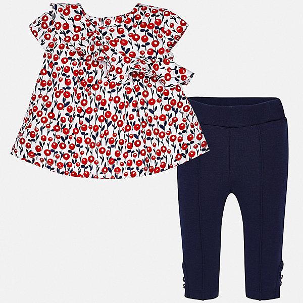 Комплект:брюки,футболка Mayoral для девочкиКомплекты<br>Характеристики товара:<br><br>• цвет: белый, красный, синий<br>• комплектация: леггинсы, блузка<br>• состав ткани леггинсов: 33% хлопок, 32% модал, 32% полиамид, 3% эластан<br>• состав ткани блузки: 100% хлопок<br>• сезон: лето<br>• пояс: резинка<br>• застежка: пуговицы<br>• короткие рукава<br>• страна бренда: Испания<br>• неповторимый стиль Mayoral<br><br>Легкие детские леггинсы и блузка сшиты из качественного материала с преобладанием хлопка в составе. Симпатичный комплект - детские леггинсы и блузка - подойдет для ношения в разных случаях. Этот комплект от Mayoral - отличный способ обеспечить ребенку комфорт в жаркую погоду. <br><br>Комплект: блузка, леггинсы Mayoral (Майорал) для девочки можно купить в нашем интернет-магазине.<br>Ширина мм: 215; Глубина мм: 88; Высота мм: 191; Вес г: 336; Цвет: синий; Возраст от месяцев: 6; Возраст до месяцев: 9; Пол: Женский; Возраст: Детский; Размер: 74,98,92,86,80; SKU: 7545772;