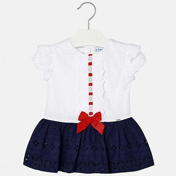 Платье Mayoral для девочкиПлатья<br>Характеристики товара:<br><br>• цвет: белый<br>• состав ткани верха: 100% хлопок<br>• подкладка: 100% хлопок<br>• сезон: круглый год<br>• особенности модели: нарядная<br>• застежка: молния<br>• короткие рукава<br>• страна бренда: Испания<br>• неповторимый стиль Mayoral<br><br>Такое детское платье украшено воздушными кружевами. Платье для девочки сшито из дышащего и легкого качественного материала, поэтому он создает комфортные условия для тела. Платье для ребенка создано европейскими дизайнерами популярного бренда Mayoral с учетом потребностей детей.<br><br>Платье для девочки Mayoral (Майорал) можно купить в нашем интернет-магазине.<br>Ширина мм: 236; Глубина мм: 16; Высота мм: 184; Вес г: 177; Цвет: синий; Возраст от месяцев: 6; Возраст до месяцев: 9; Пол: Женский; Возраст: Детский; Размер: 74,80,86,92,98; SKU: 7546096;